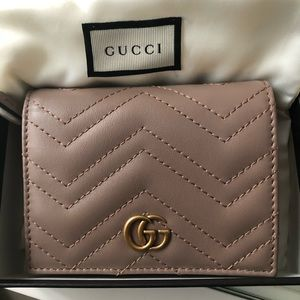 ♥️SOLD ♥️ Gucci marmont card case wallet